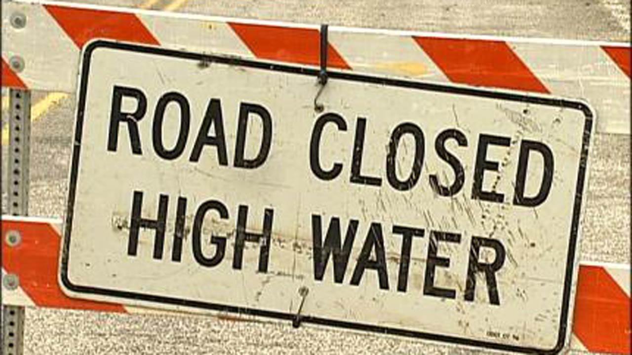 Flooding Closes Several Oklahoma Highways
