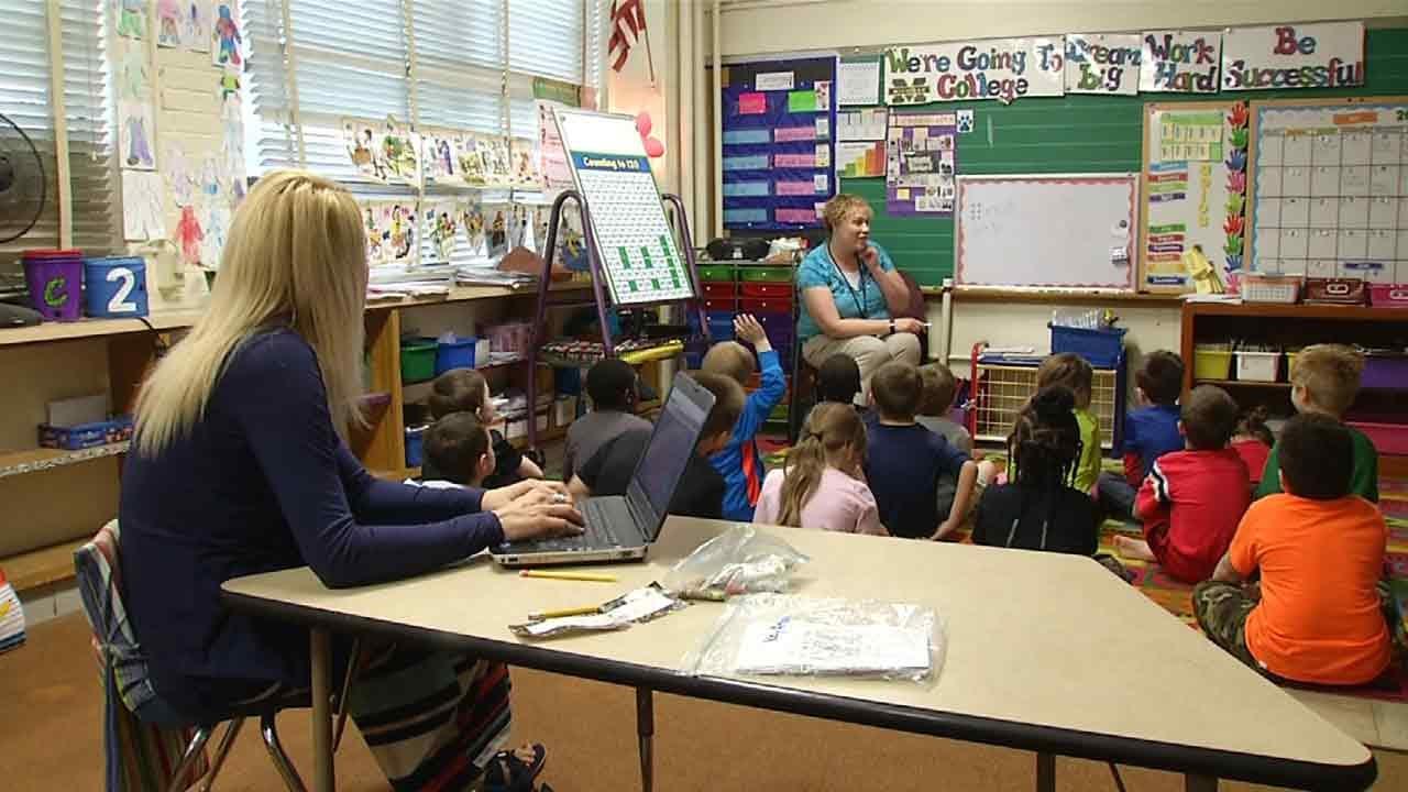 Oklahoma Leaders Looking At 'Iowa Model' To Improve Education