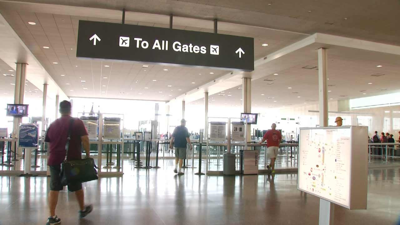 TIA, Travelers, Give Tips For Dealing With Holiday Travel