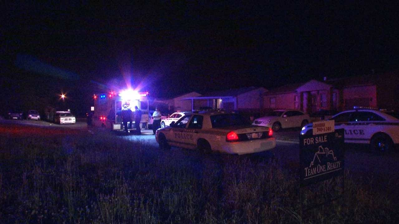 Tulsa Police: Couple Injured After Shots Fired Through Window