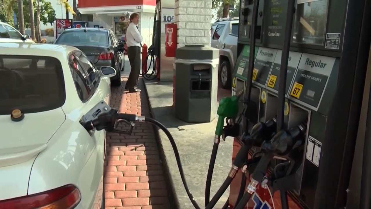 AAA: Don't Pick Fuel By Using Nozzle Color At The Pump