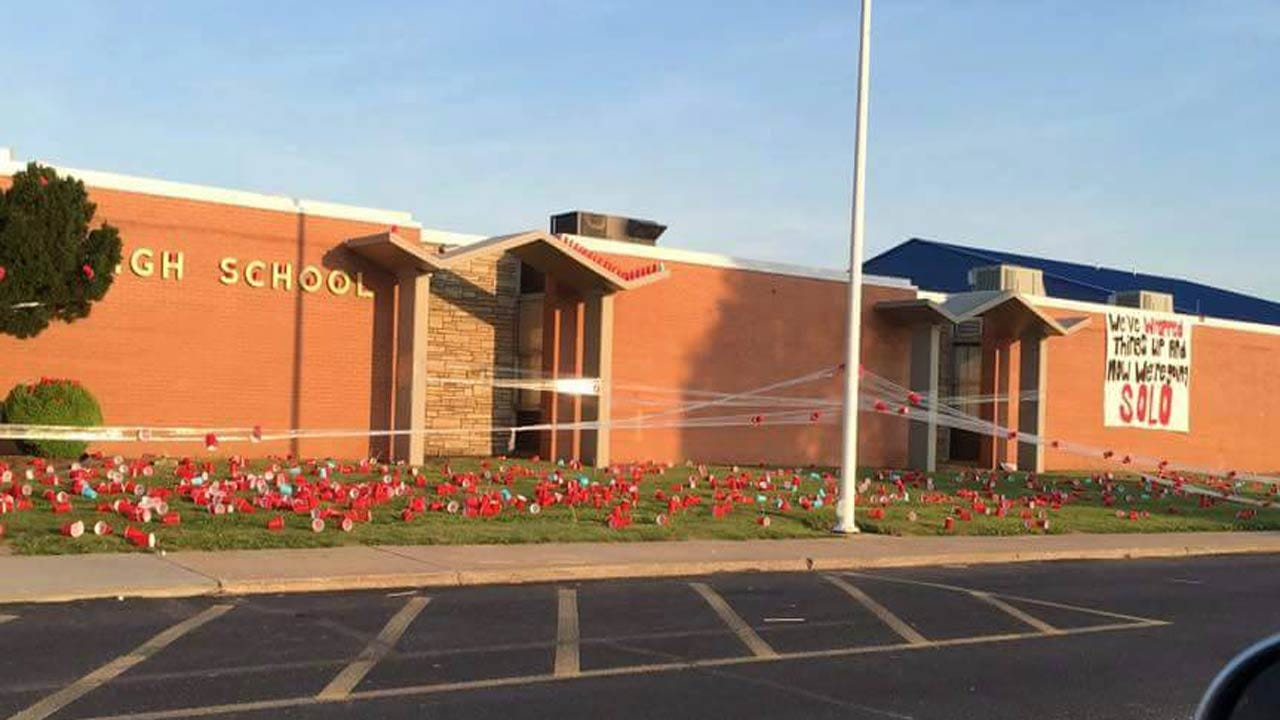 Oologah High School Seniors Continue Tradition With Harmless Prank
