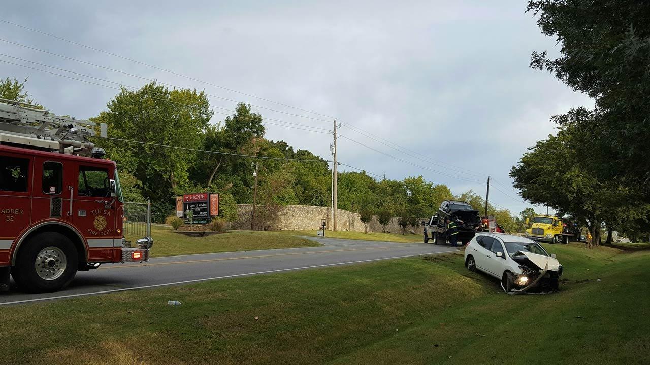 Three Injured In Tulsa Crash