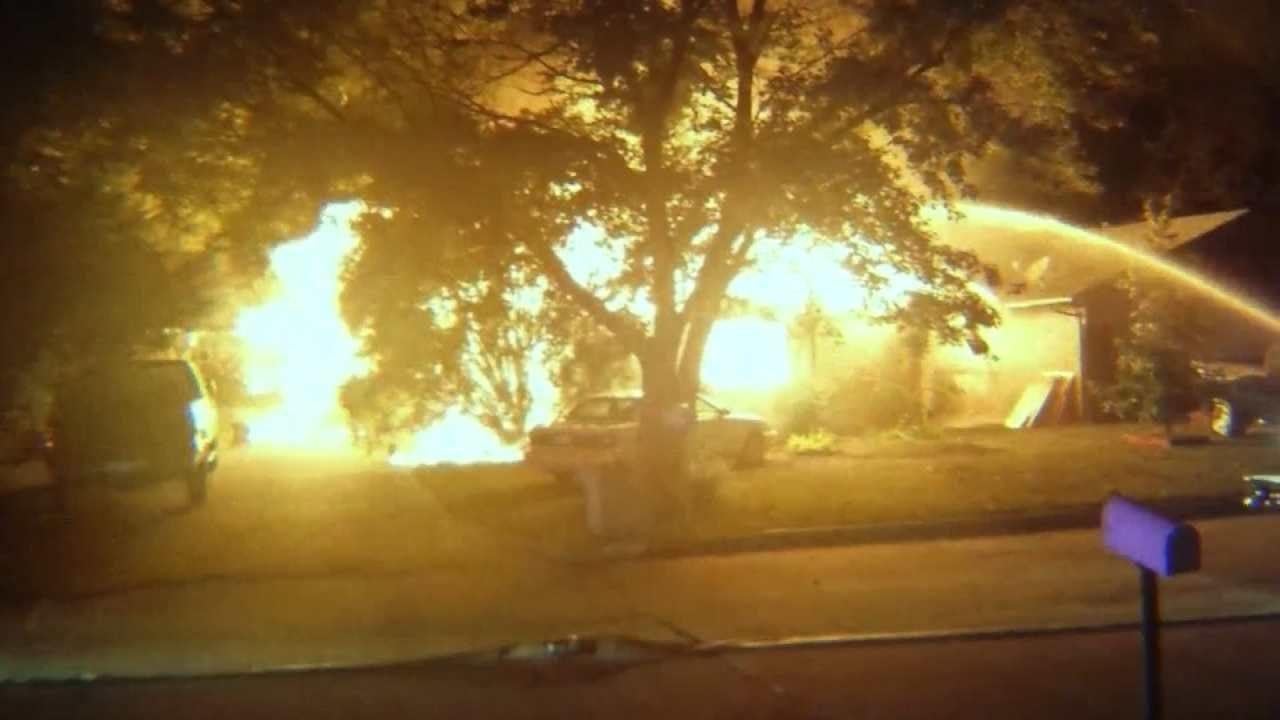 Man Escapes Claremore House Fire