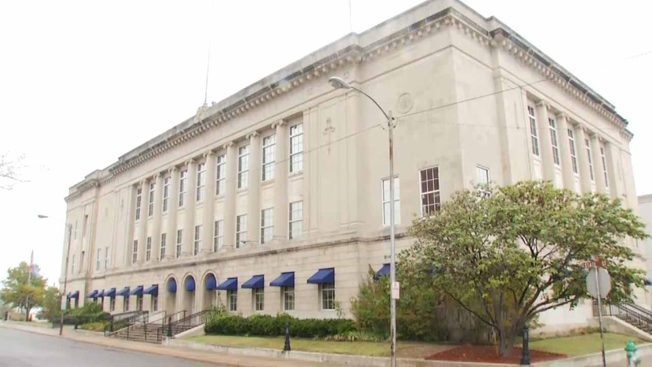 Muskogee County Commissioners Making Budget Cuts