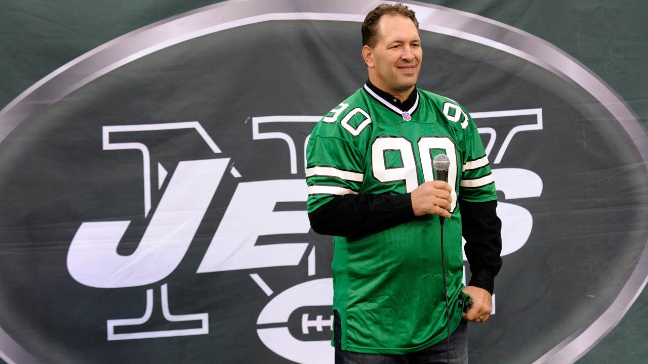 Former Jets Player Dennis Byrd Dies After Highway 88 Crash