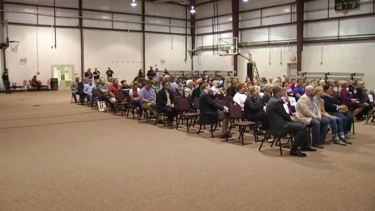 Rogers County Voters Attend Forum To Learn More About 2016 Ballot