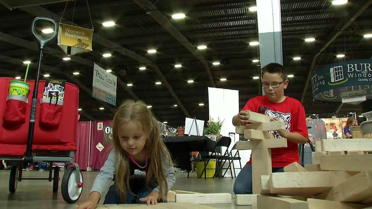 STEM Booth Provides Educational Fun At Tulsa State Fair