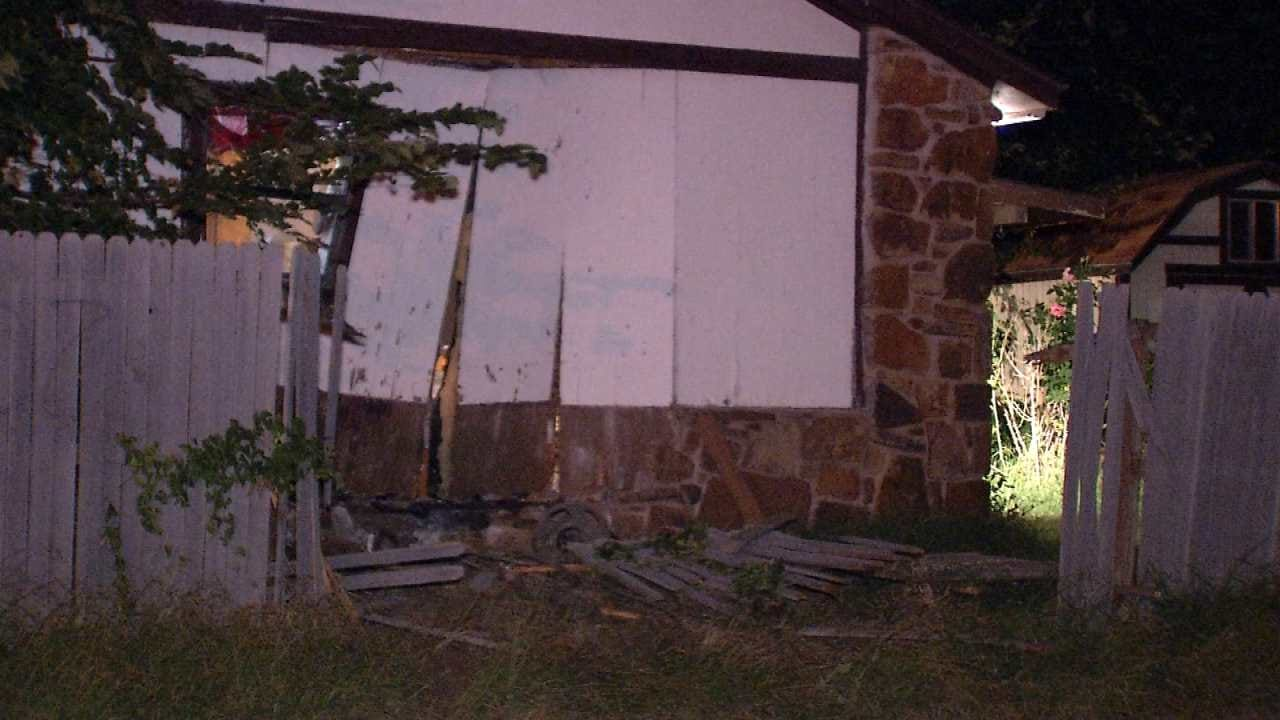 Rolling Tulsa Gun Battle Ends With Car Crashing Into House