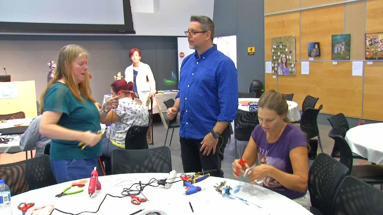 Sesame Street Puppet Designer Gives Tips At TCC Workshop