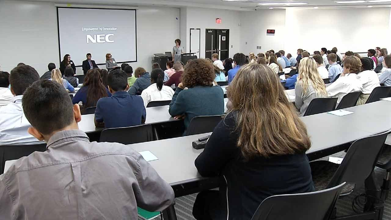 Tulsa Students Question Experts On Education Funding Crisis