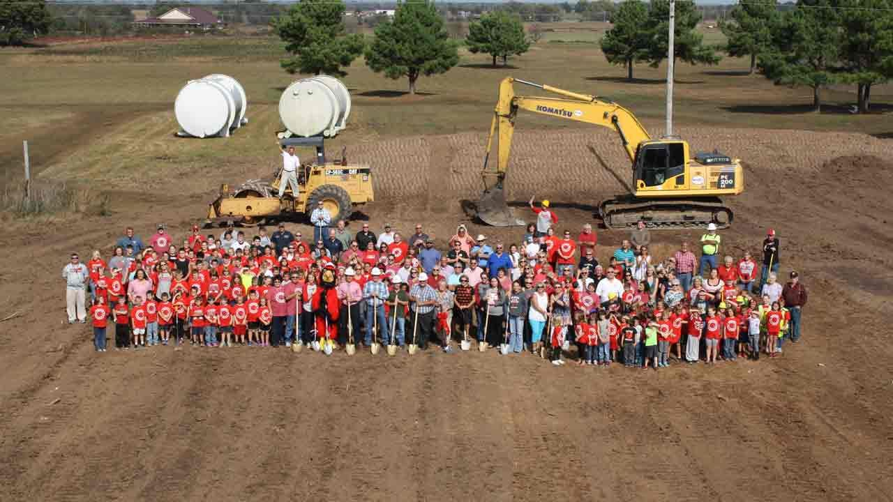 Oklahoma School Holds Ground Breaking For New Building