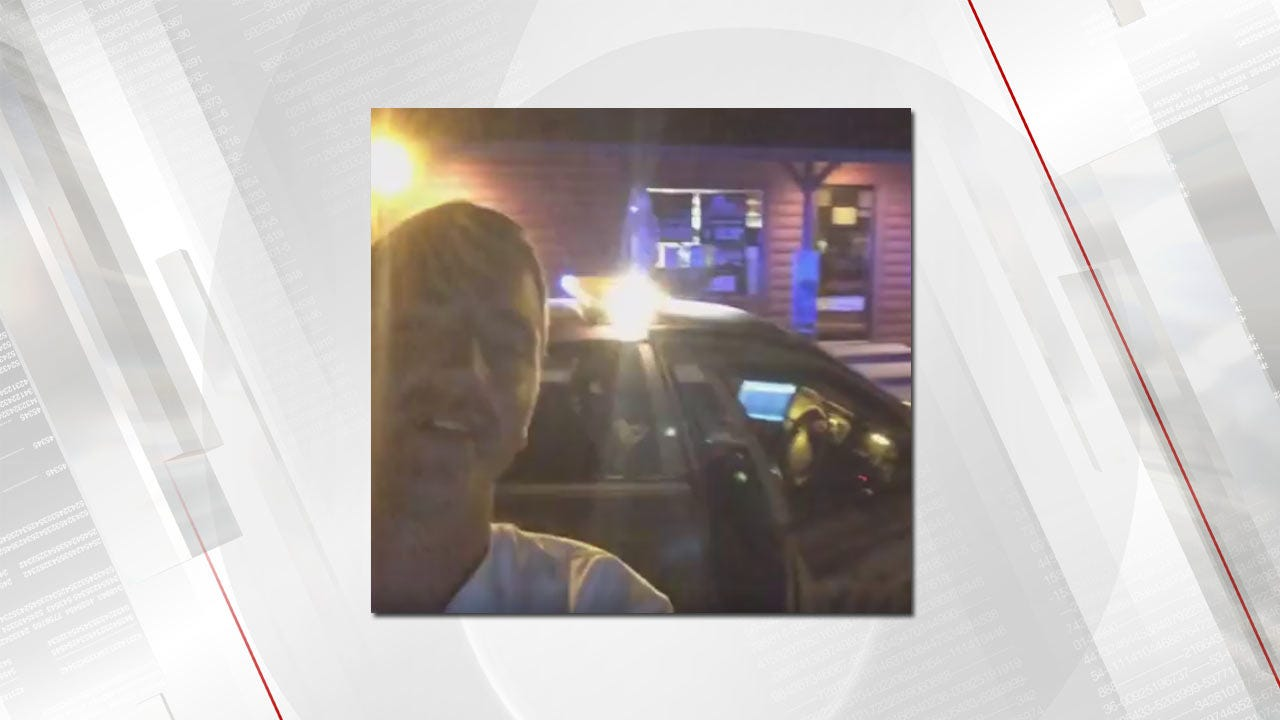 Man Streams Live On Facebook While Being Chased In Stolen Tulsa Police Car