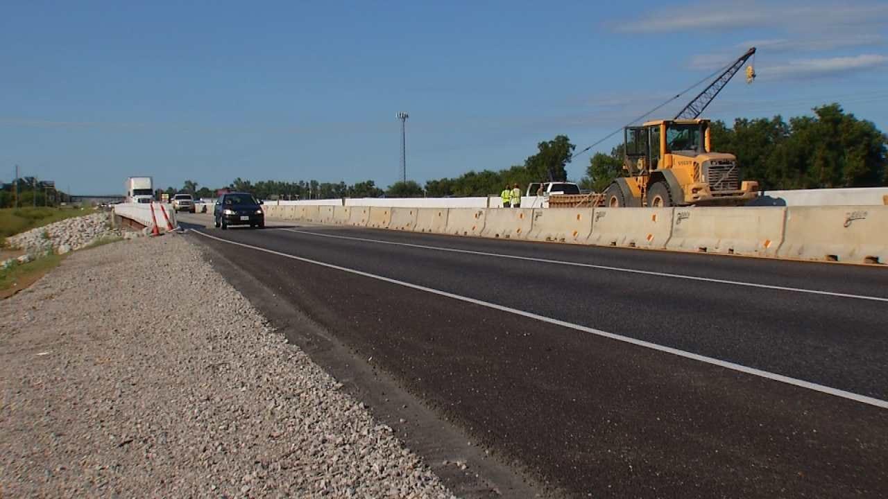 Lane Closures Continue On Highway 169 Bird Creek Widening Project