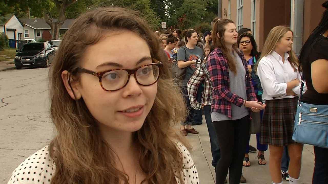 Tulsa Fans Celebrate Gilmore Girls Reboot