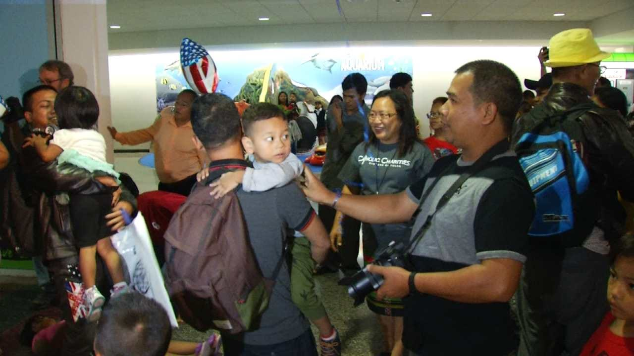 Burmese Refugees Reunite With Families In Tulsa