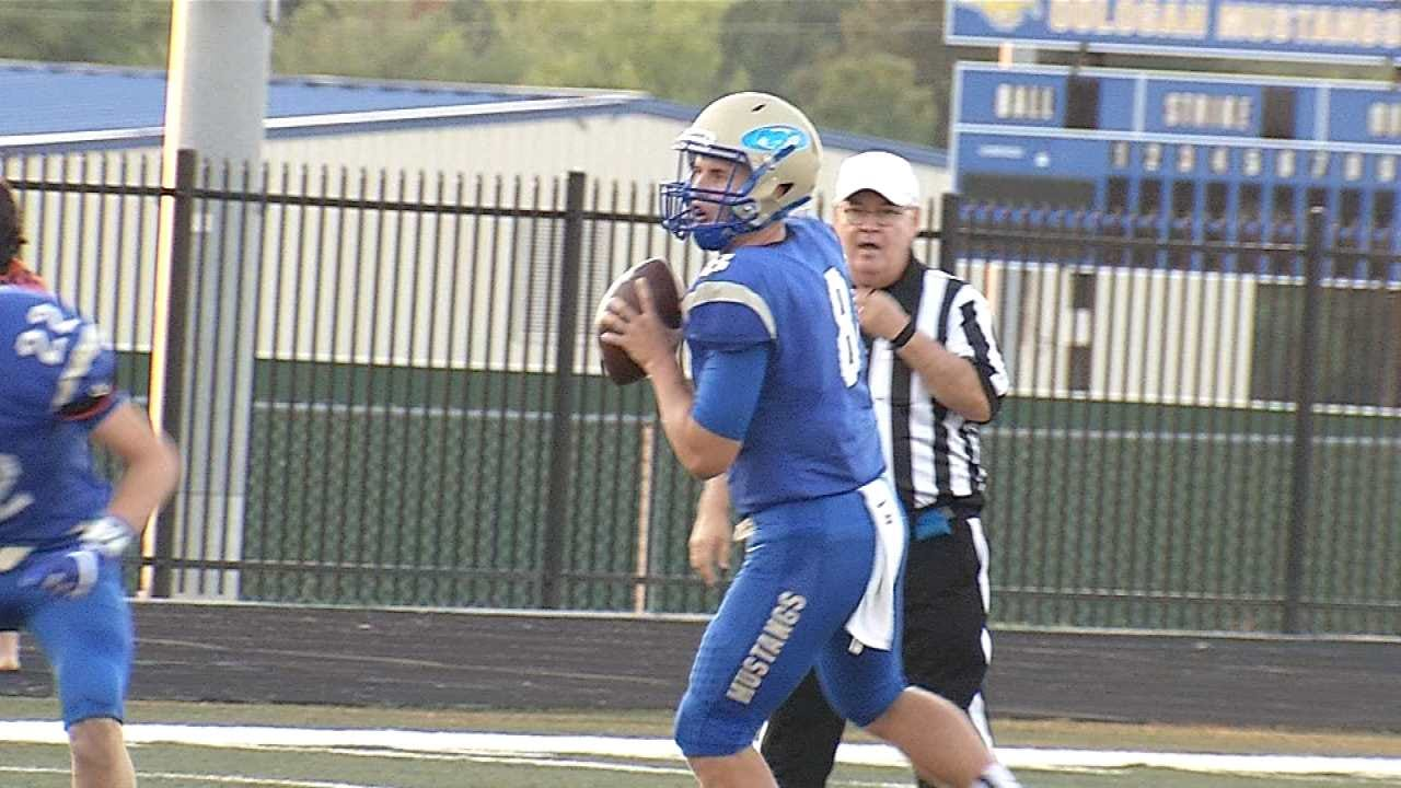 Oologah Overpowers Collinsville, 43-14
