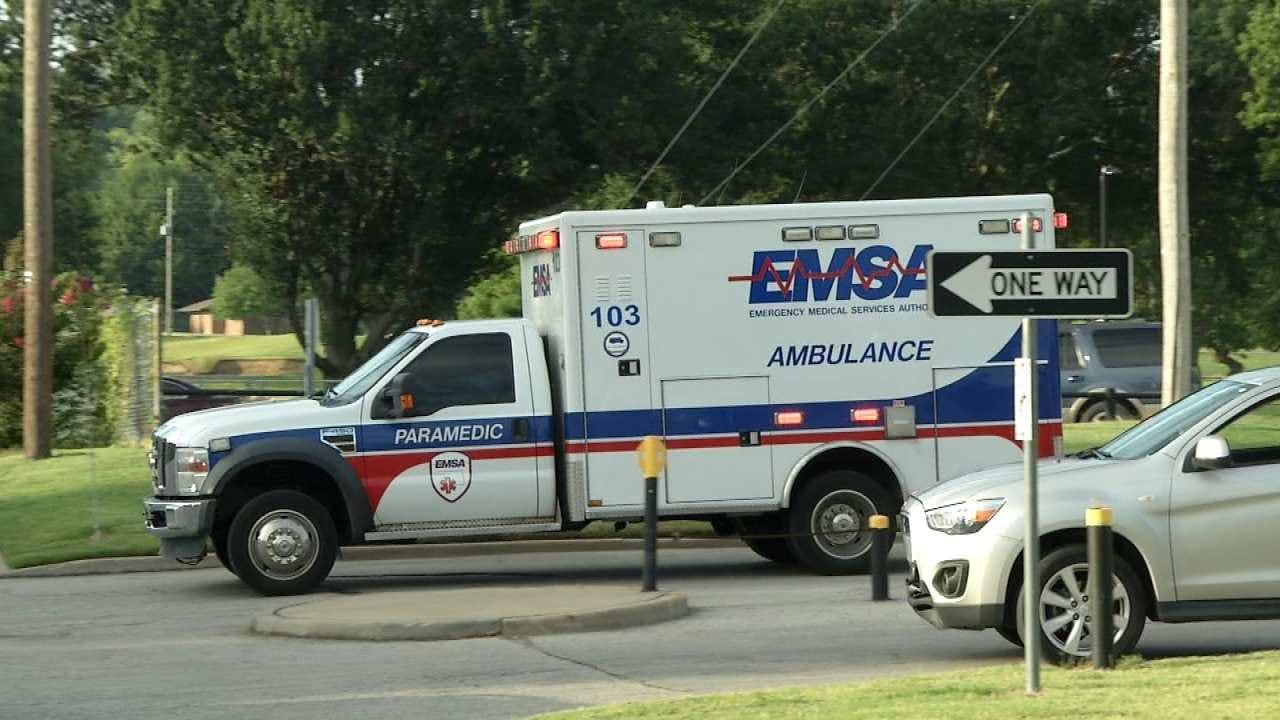 Police: Student Hit, Injured Crossing Street At Tulsa High School