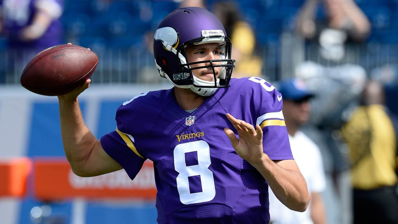 Former Sooner Sam Bradford Working With Vikings' First-Team