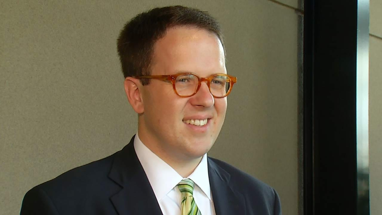 Tulsans Re-Elect GT Bynum As City's Mayor
