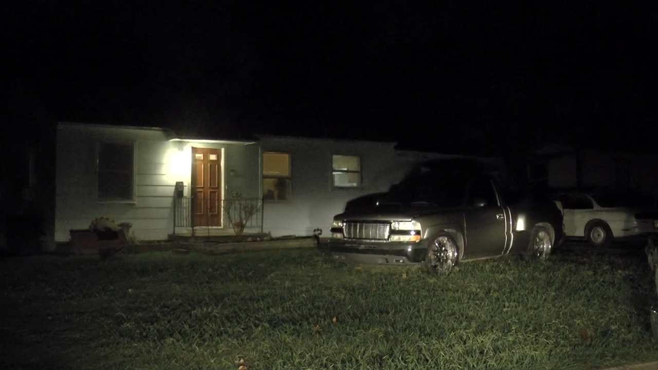 Men Attack Tulsa Homeowner With Bats, Knives