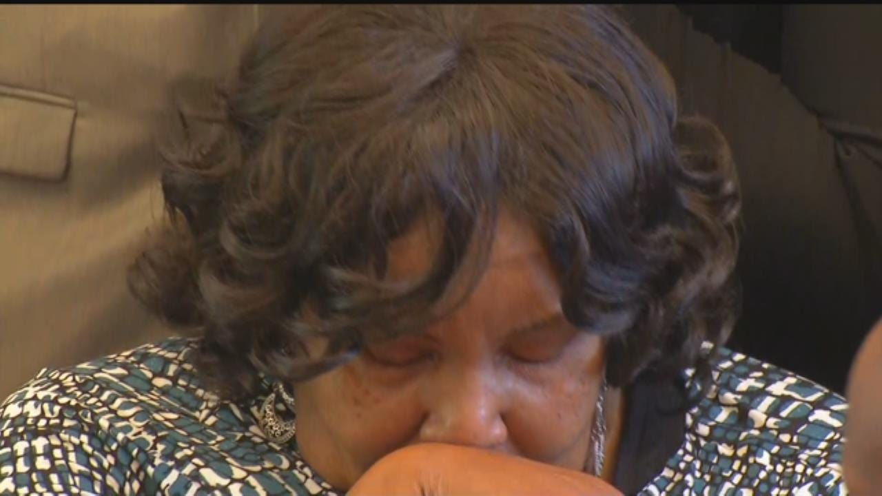 Terence Crutcher Family Demands Tulsa Officer Be Charged In Death