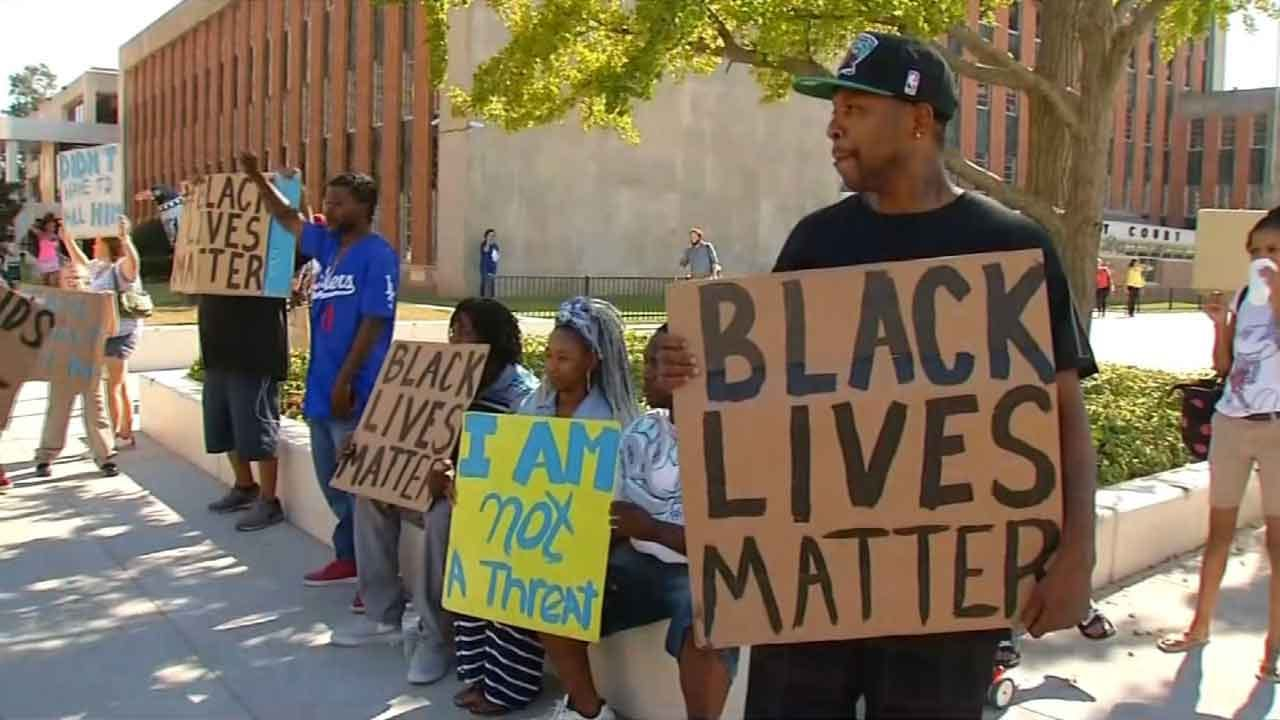 Tulsa Protesters Voice Displeasure With Manslaughter Charges