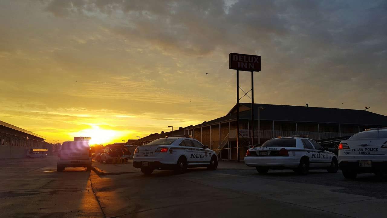 Man Shot In Chest Outside Tulsa Motel