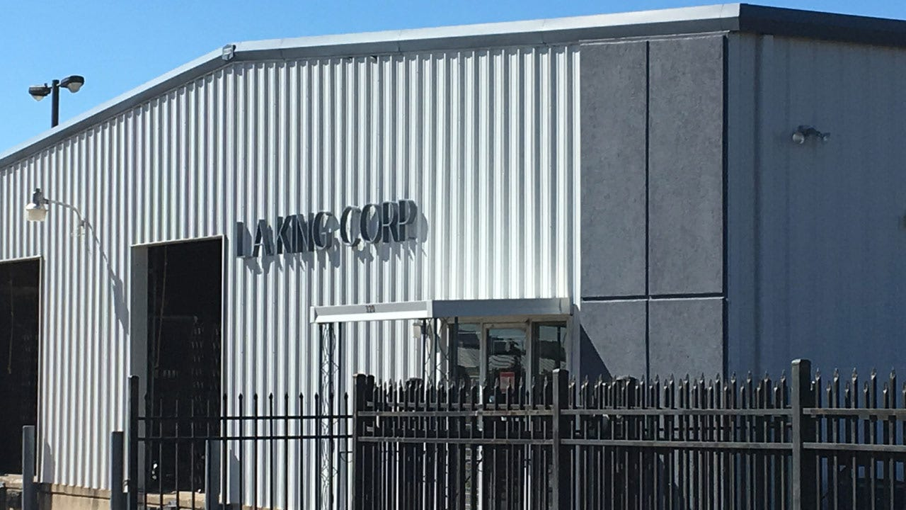 Hanson Brothers In Talks To Build Brewery, Studio In Brady District