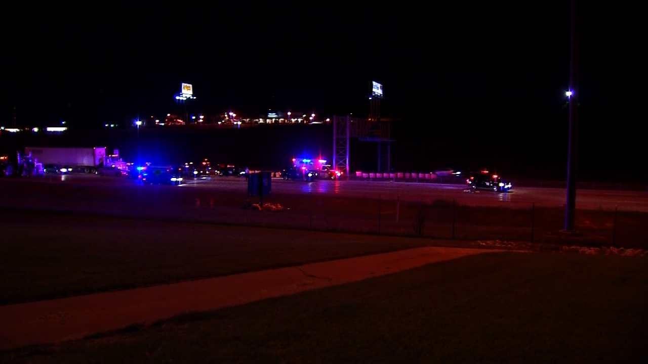 Pedestrian From Tulsa Killed On I-35 In Oklahoma City