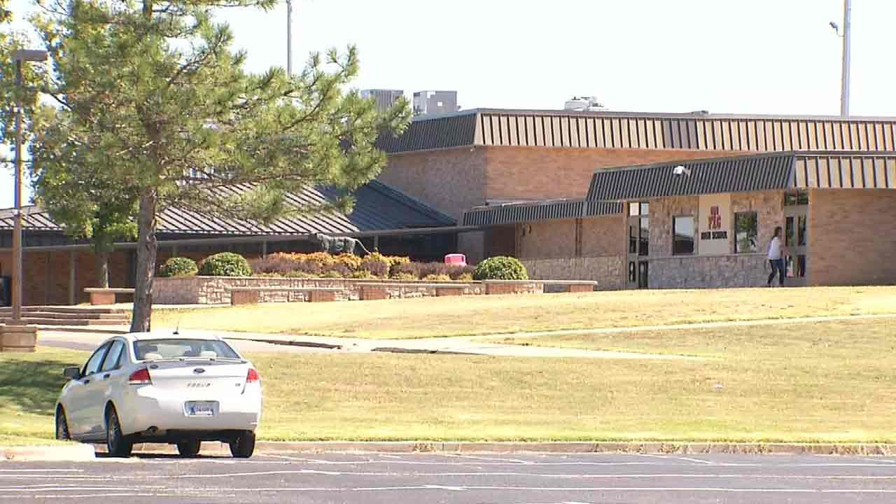 Fort Gibson Police Arrest Teen Connected To Two Bomb Threats