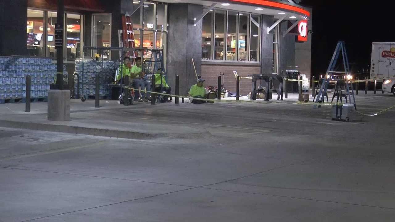 Tulsa QuikTrip Store Installing Fortified Glass