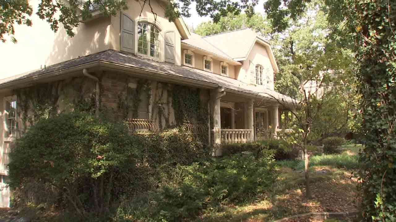 Tulsa Neighbors Want Home Belonging To Camelot Cancer Clinic Owner Sold