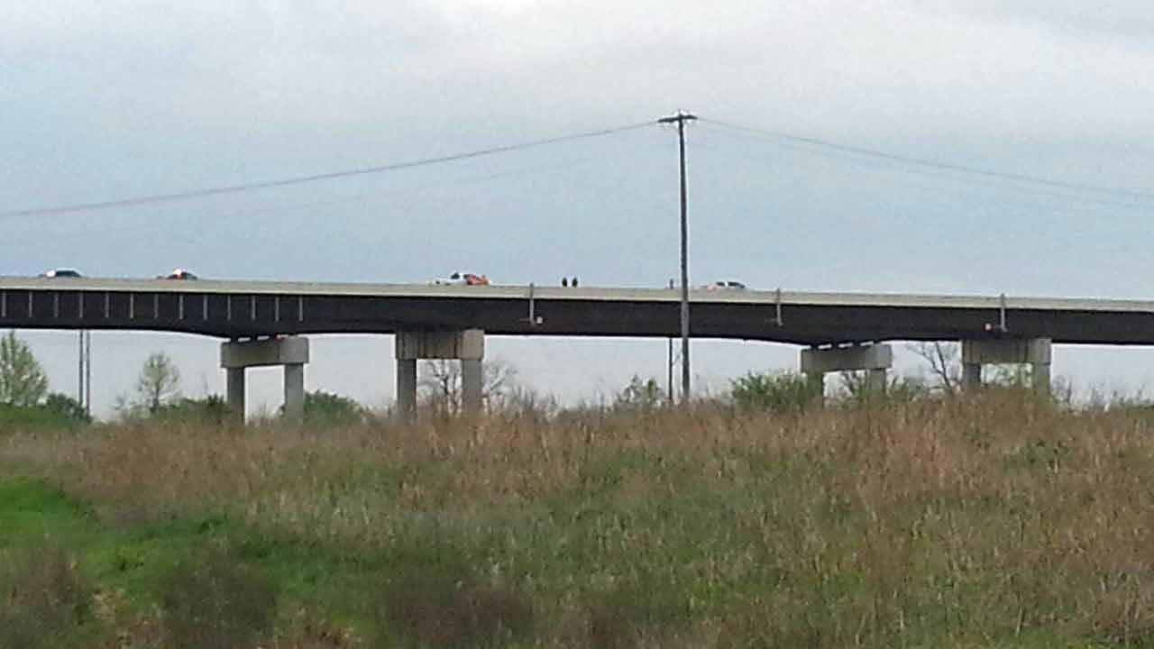 Tug Boat Hits Highway 51 Bridge Over Verdigris River