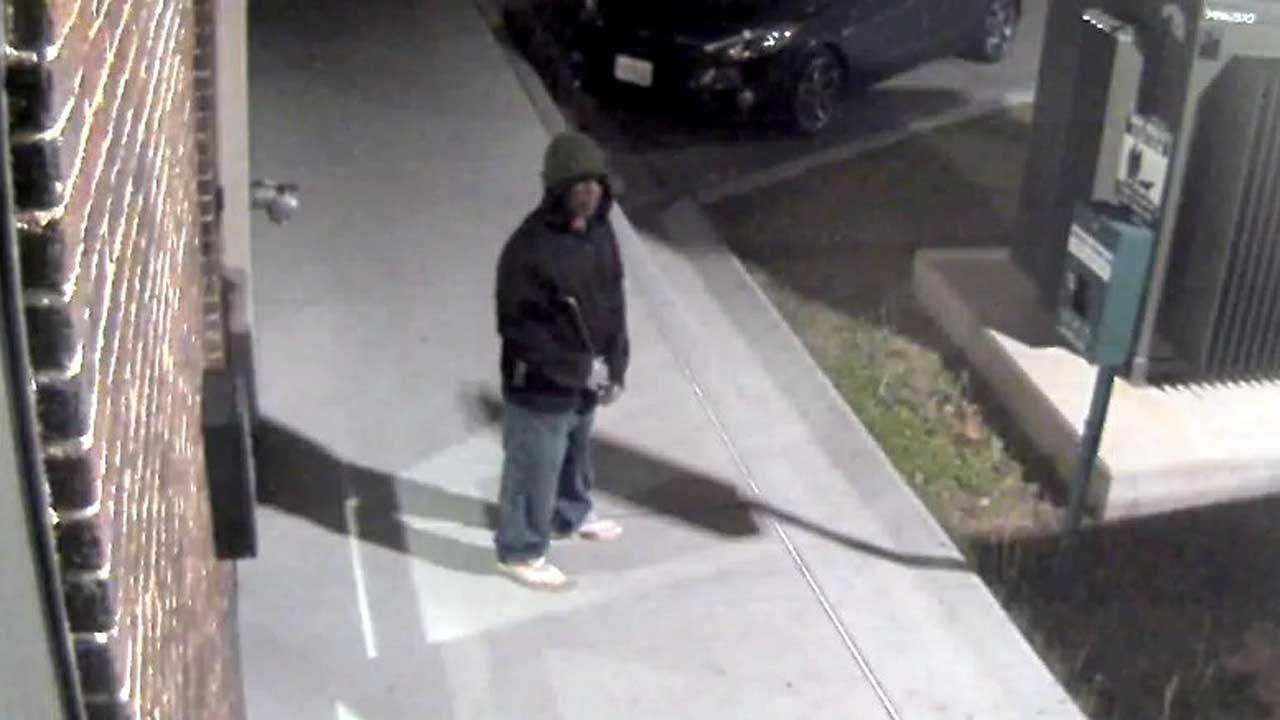 Burglar Targets 36 Degrees North In Brady Arts District