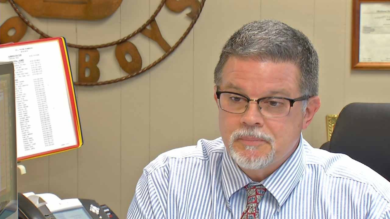 State Says No Evidence 4-Day School Weeks Save Money