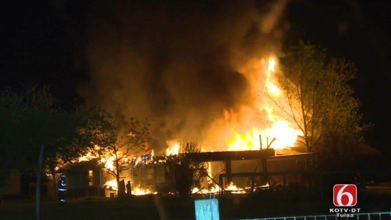 Man Escapes House Fire Near Jenks