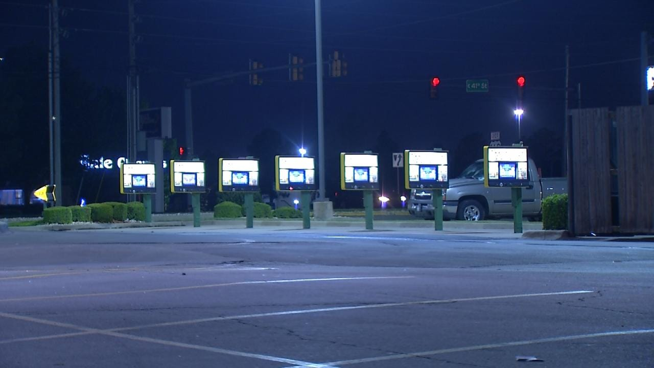 Tulsa Sonic Restaurant Employees Robbed At Gunpoint
