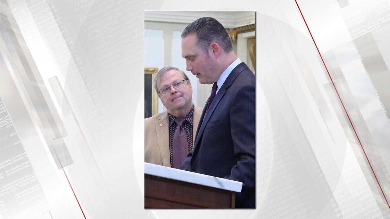 McAlester Legislator Recognized For Saving Man Choking At Banquet