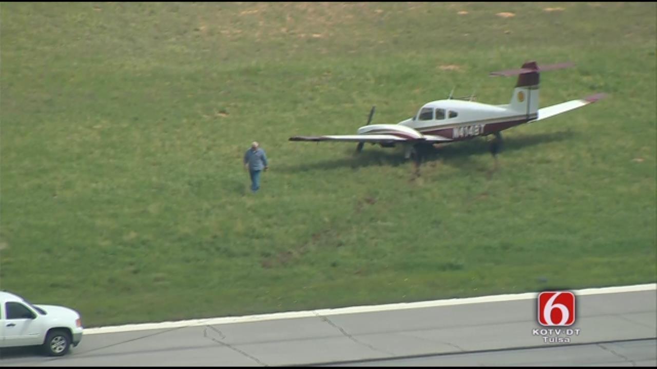 Non-Injury Mishap Shuts Down Jones Riverside Airport Runways