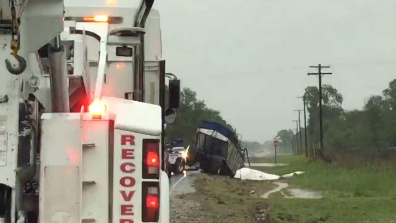 Semi Crash Closes Wagoner County Highway