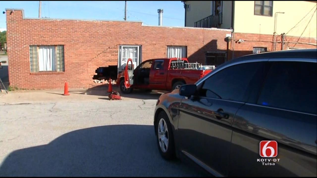 Pickup Crashes Into Tulsa Apartment Building