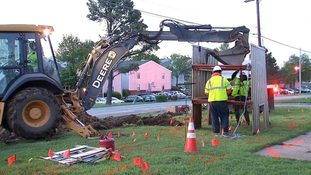 City Of Tulsa Crew Repairs Broken Water Main
