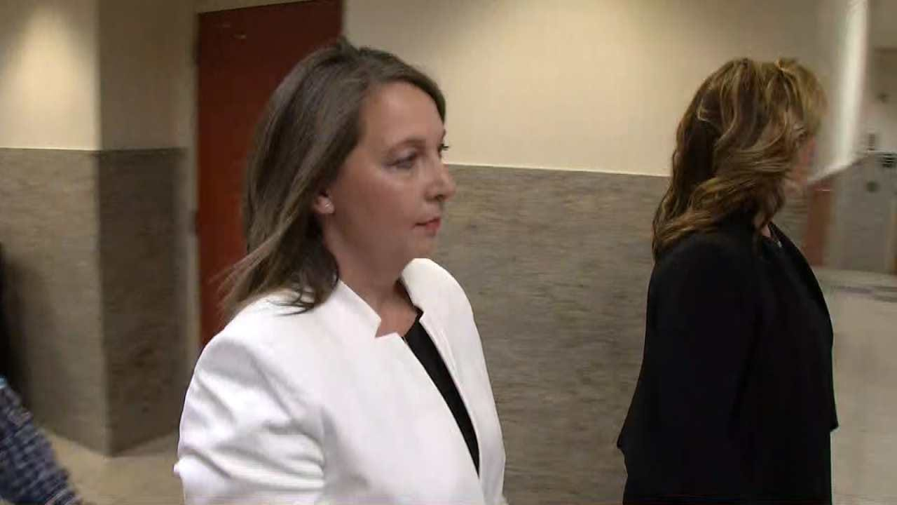 Pre-Trial Hearing Resumes For TPD Officer Betty Shelby