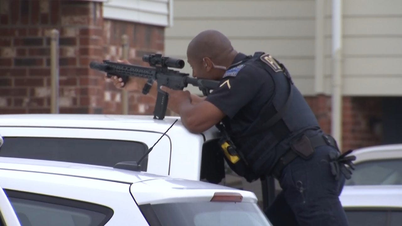 Tulsa Standoff Ends Peacefully With Two People In Custody