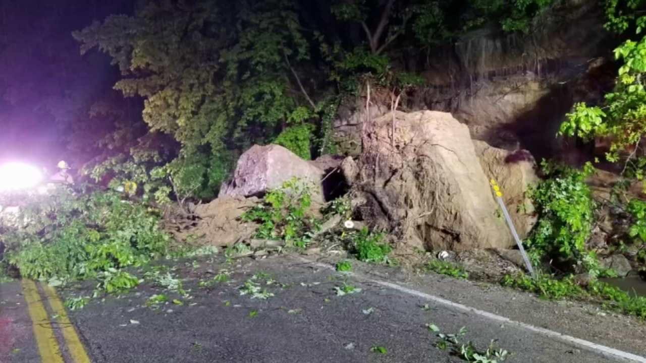 Crews Clearing Debris From Rock Slide On Highway 20 Near Keetonville Hill