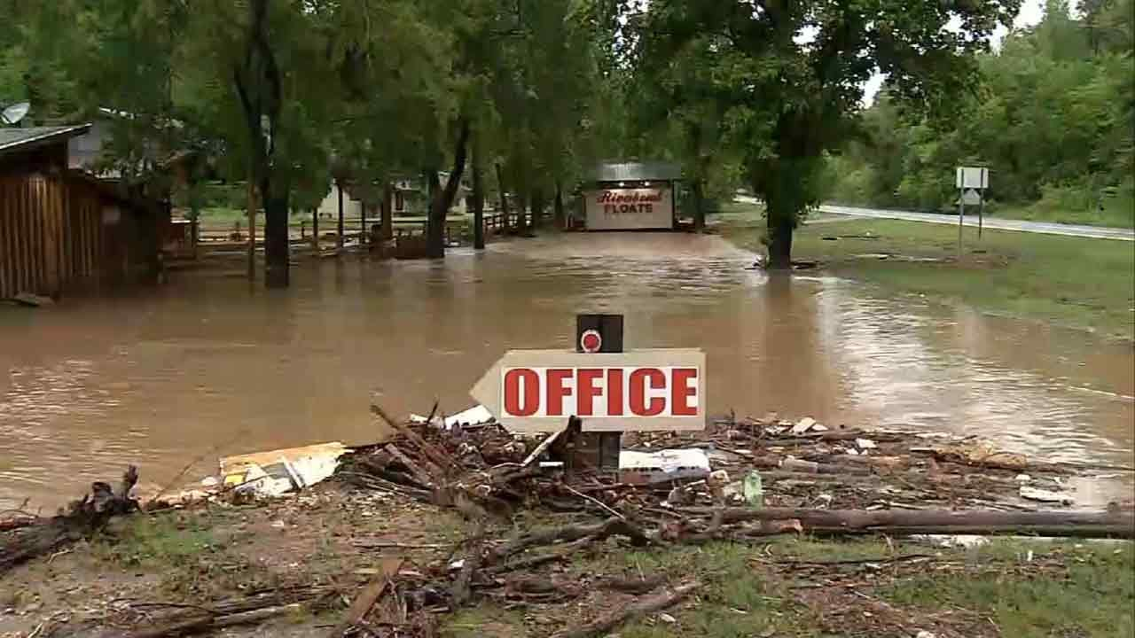Red Cross Shelters Offer Refuge For Oklahoma Flood Victims