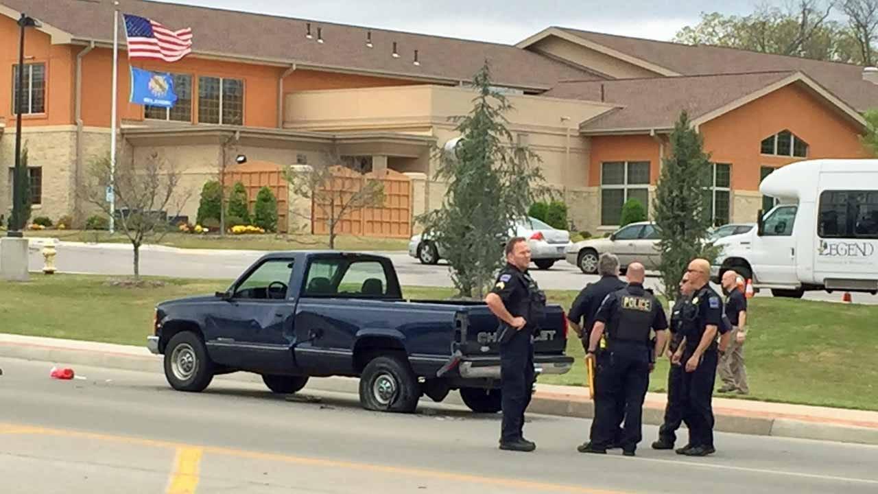 Police Say Distracted Tulsa Driver Hits, Kills Pedestrian