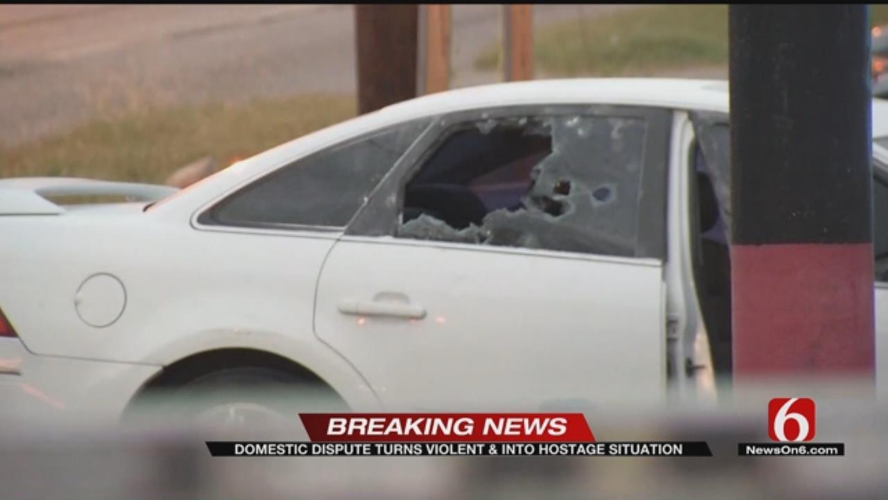 Tulsa Man Holds Ex Hostage After Break Up, Police Say