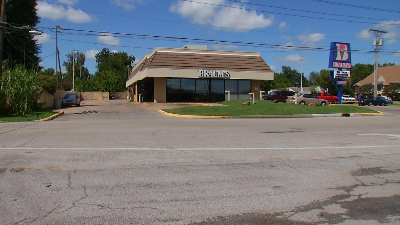 Man Exposes Himself To Tulsa Braum's Employee